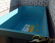 Композитный бассейн в помещении