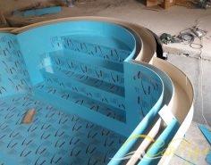 бассейн с римской лестницей из полипропилена Симона