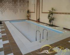Жалюзи для бассейна фото