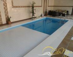 Полипропиленовый бассейн с жалюзийным покрытием фото