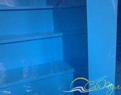 Лестница из полипропилена в бассейне