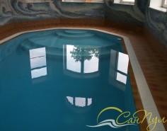 Переливной бассейн с аттракционами