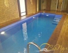 Пленочный бассейн с римской лестницей